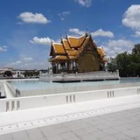"kleiner Tempel im Wasser • <a style=""font-size:0.8em;"" href=""http://www.flickr.com/photos/127204351@N02/19316522078/"" target=""_blank"">View on Flickr</a>"