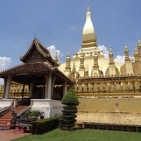 """Nationalheiligtum Pha That Luang • <a style=""""font-size:0.8em;"""" href=""""http://www.flickr.com/photos/127204351@N02/18990045938/"""" target=""""_blank"""">View on Flickr</a>"""