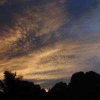 "langsam geht die Sonne unter • <a style=""font-size:0.8em;"" href=""http://www.flickr.com/photos/127204351@N02/18602781424/"" target=""_blank"">View on Flickr</a>"