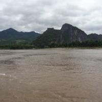 """hier mündet der Nam Ou in den Mekong • <a style=""""font-size:0.8em;"""" href=""""http://www.flickr.com/photos/127204351@N02/19239554161/"""" target=""""_blank"""">View on Flickr</a>"""