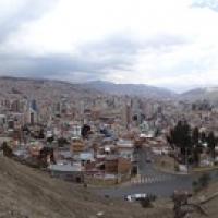 """Blick auf einen Teil von La Paz • <a style=""""font-size:0.8em;"""" href=""""http://www.flickr.com/photos/127204351@N02/15711794811/"""" target=""""_blank"""">View on Flickr</a>"""