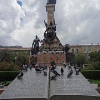 "Denkmal auf der Plaza • <a style=""font-size:0.8em;"" href=""http://www.flickr.com/photos/127204351@N02/15689976466/"" target=""_blank"">View on Flickr</a>"
