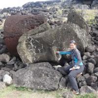 "ob der Moai es mag, wenn man ihm in die Nase fährt? • <a style=""font-size:0.8em;"" href=""http://www.flickr.com/photos/127204351@N02/15717594767/"" target=""_blank"">View on Flickr</a>"