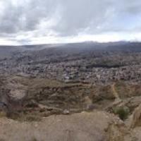 """La Paz...und das ist immer noch nicht die ganze Stadt • <a style=""""font-size:0.8em;"""" href=""""http://www.flickr.com/photos/127204351@N02/15713724545/"""" target=""""_blank"""">View on Flickr</a>"""