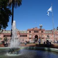 """Casa Rosada, der Regierungssitz von Argentinien • <a style=""""font-size:0.8em;"""" href=""""http://www.flickr.com/photos/127204351@N02/15716044240/"""" target=""""_blank"""">View on Flickr</a>"""