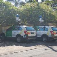 """wir treffen die Google-Autos...vielleicht sind wir schon im Streetview zu sehen • <a style=""""font-size:0.8em;"""" href=""""http://www.flickr.com/photos/127204351@N02/17635233985/"""" target=""""_blank"""">View on Flickr</a>"""