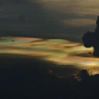 "hohe Eiswolken schimmern am ersten Abend • <a style=""font-size:0.8em;"" href=""http://www.flickr.com/photos/127204351@N02/18249765211/"" target=""_blank"">View on Flickr</a>"
