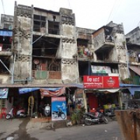 """hier wohnen sicher die ärmeren Phnom Penher • <a style=""""font-size:0.8em;"""" href=""""http://www.flickr.com/photos/127204351@N02/18046572360/"""" target=""""_blank"""">View on Flickr</a>"""