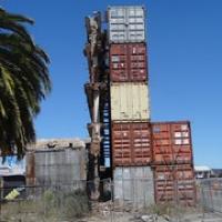 """Wände werden noch durch gestapelte Baucontainer gestützt • <a style=""""font-size:0.8em;"""" href=""""http://www.flickr.com/photos/127204351@N02/16225125822/"""" target=""""_blank"""">View on Flickr</a>"""