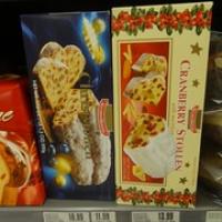 """Christstollen...leider haben wir ihn nicht gleich gekauft...später haben wir ihn nie wieder gesehen :( traurige Weihnachten! • <a style=""""font-size:0.8em;"""" href=""""http://www.flickr.com/photos/127204351@N02/15603533814/"""" target=""""_blank"""">View on Flickr</a>"""