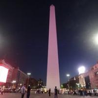 "Obelisk bei Nacht • <a style=""font-size:0.8em;"" href=""http://www.flickr.com/photos/127204351@N02/15281091284/"" target=""_blank"">View on Flickr</a>"