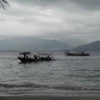 "Wolken hängen über Lombok • <a style=""font-size:0.8em;"" href=""http://www.flickr.com/photos/127204351@N02/16732983604/"" target=""_blank"">View on Flickr</a>"
